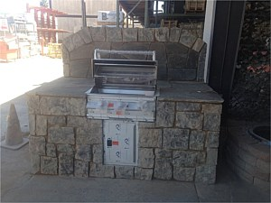 Outdoor Kitchens & BBQ's